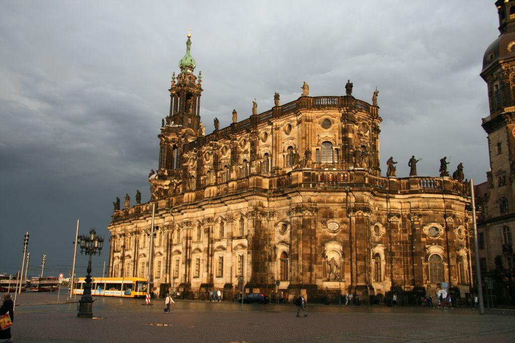 Hofkirche II