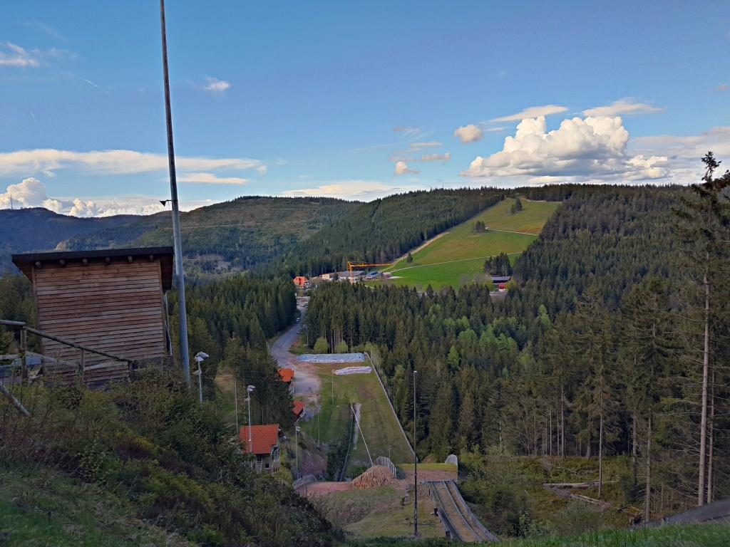 Von der Skischanze Blick zum Ruhestein