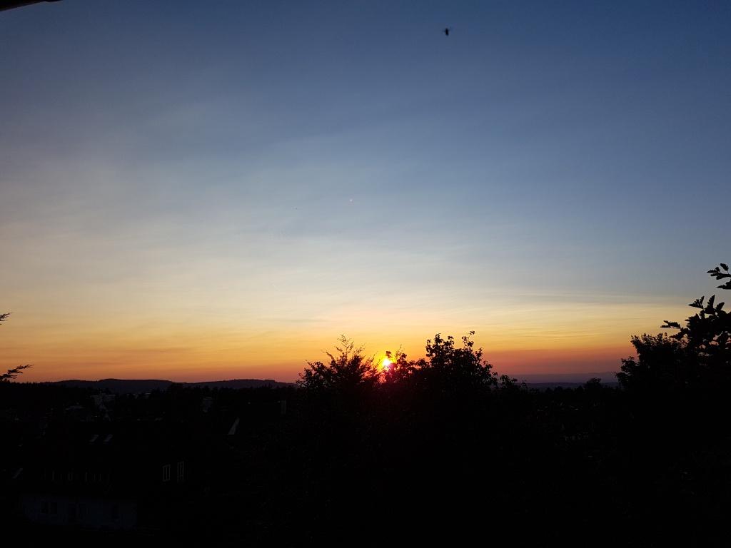 Später Sonnenuntergang