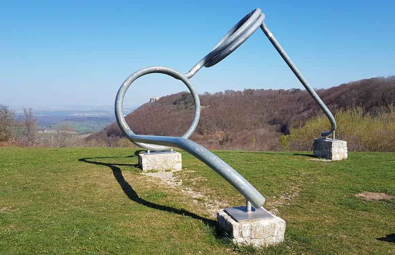 sinnbefreite Skulptur
